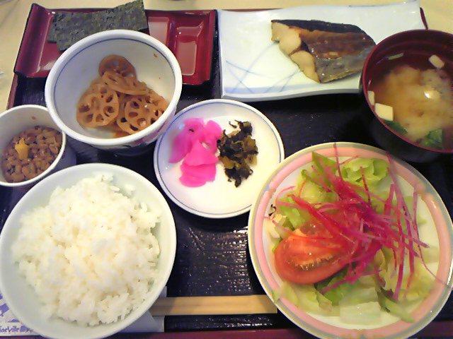 ホテルの和朝食