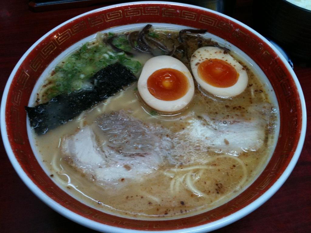 熊本、大黒ラーメン味玉子付き700円