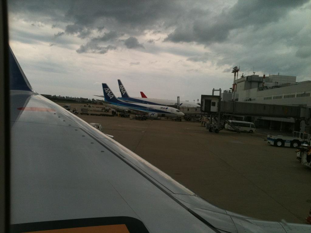 梅雨のない北海道と梅雨の明けた沖縄。貴方ならどっち?