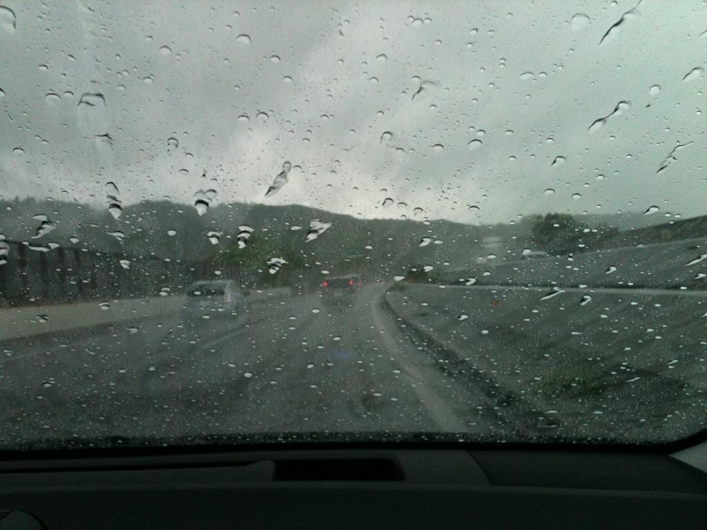 福岡に台風接近中
