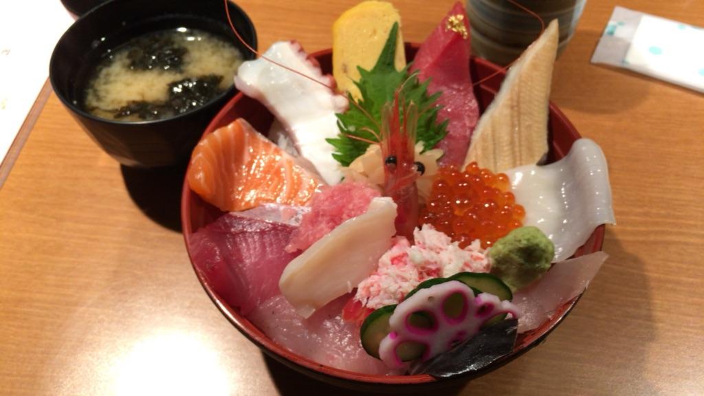 近江町市場海鮮丼